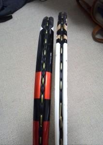 中厚のラケットと薄いラケット