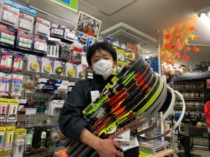 【中古テニスラケット】300本の中から理想のラケットを♪
