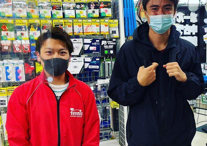 【#ガット張り替え】ダニエル太郎選手選手がご来店してくださいました!